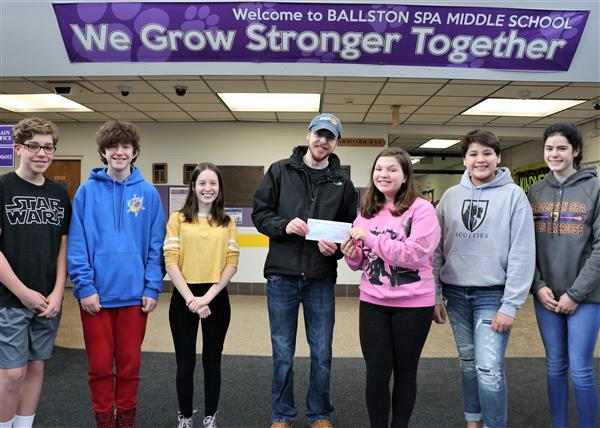 Drama Club Donates to Community