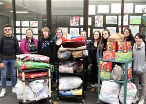 BSHS Book Club Supports Animal Shelter